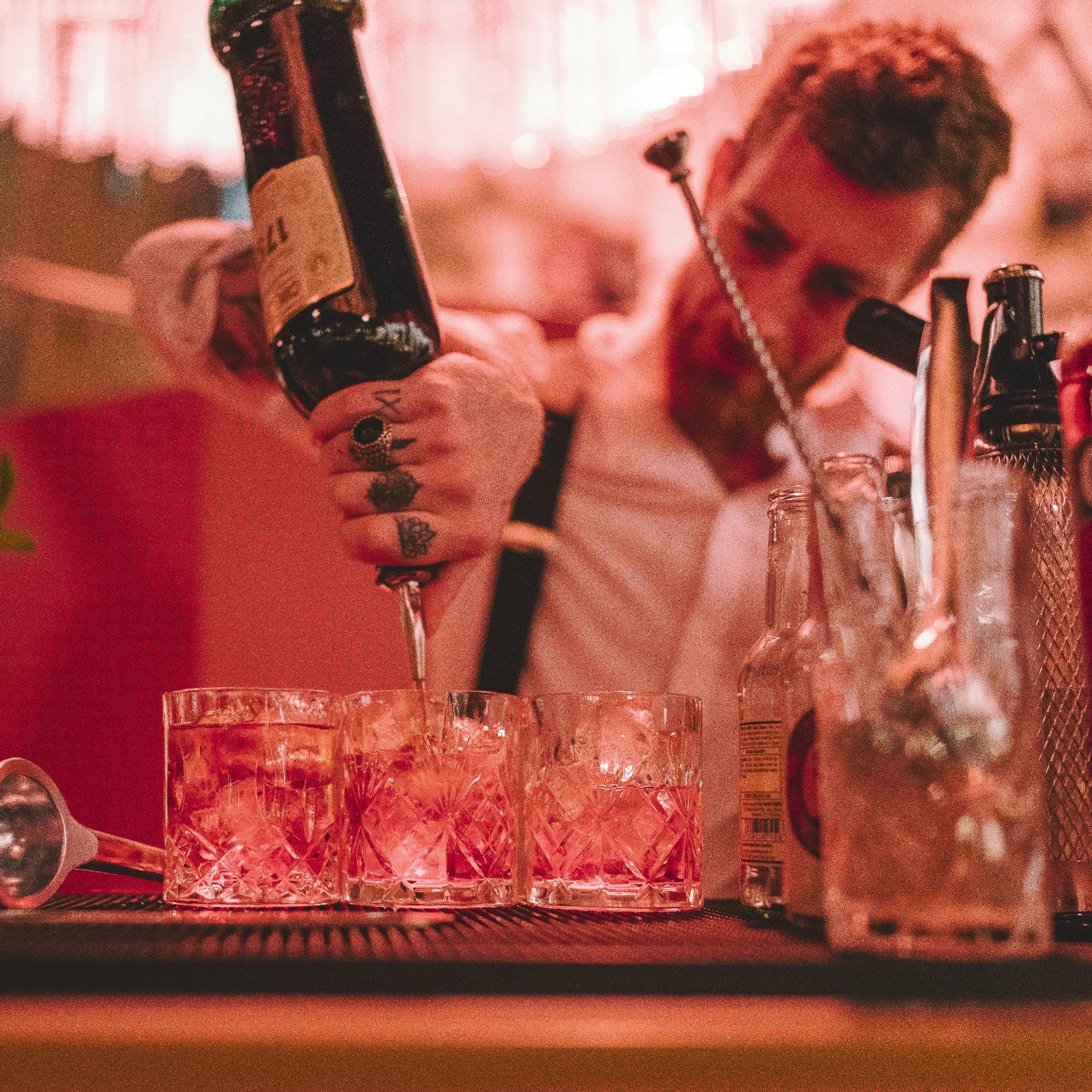 Bar Catering Noto #Ferragnez 01 robi tardelli