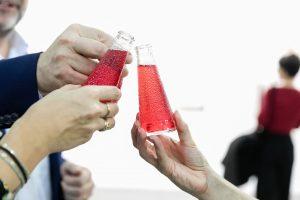 un punto di rosso, il bar mobile Campari Soda, che gira per il Lingotto nei giorni di Artissima